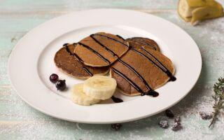 Рецепт вершкових оладок із шоколадним топінгом