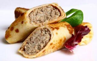 Рецепт м'ясних млинців на кефірі