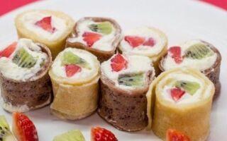 Фруктові млинці — вітамінний десерт