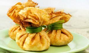 Рецепти начинок для мішечків із млинців