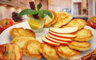 Рецепт оладок з яблуками